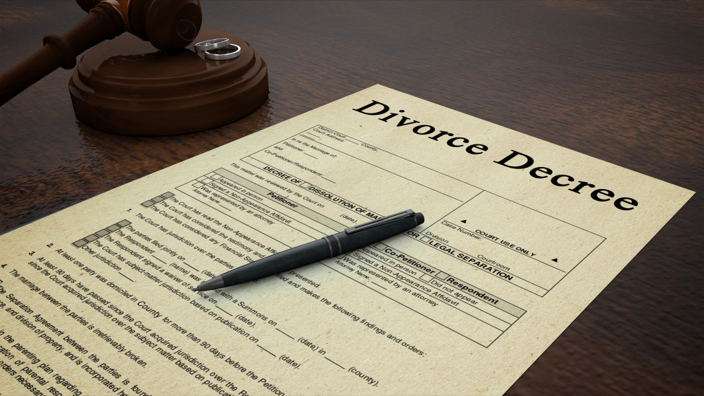 "Know the Risks of ""D-I-Y"" Divorce"